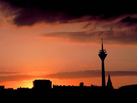 Sky above Duesseldorf Pt.5