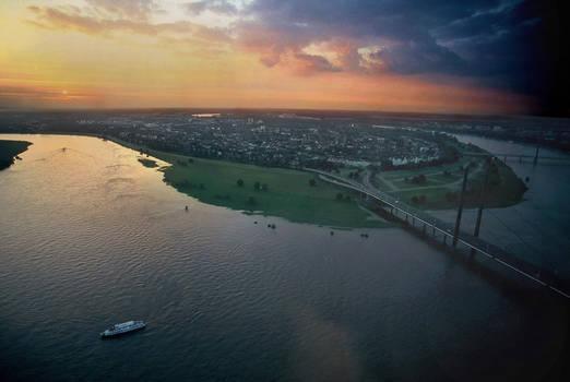 Sunset over river Rhine pt.2