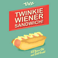 Twinkie Weiner Sandwich by coffeestained