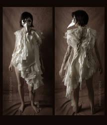 Paper doll dress by tiinateaspoon