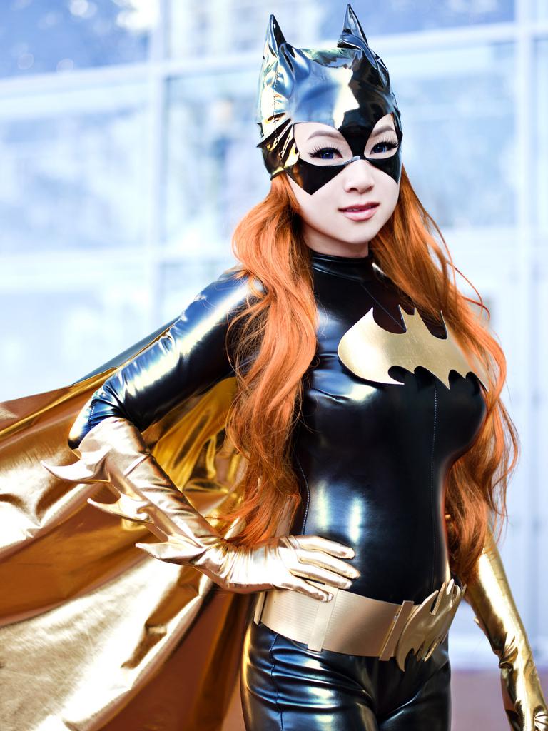 batgirl cosplay porno