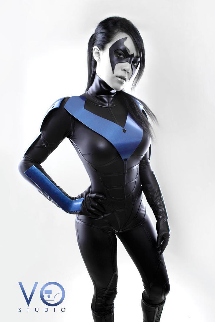 Lady Nightwing Cosplay Batman Arkham City Version By