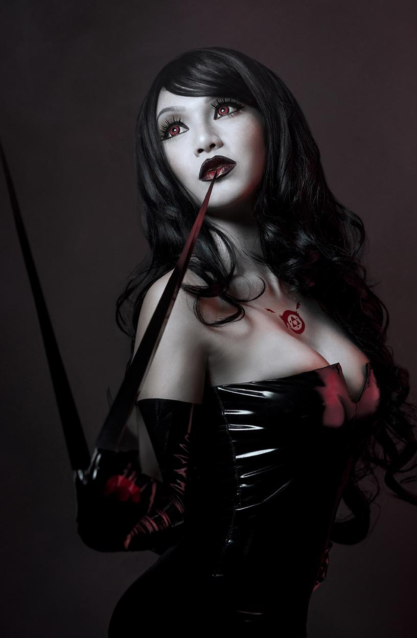 Full Metal Lust by VampBeauty
