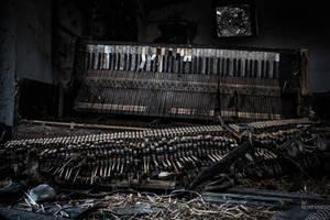 black piano by no-trespassing