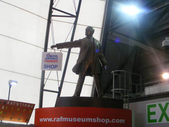 Lenin goes shopping by Party9999999