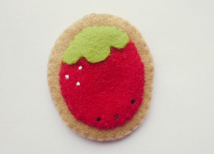 Strawberry brooch by Kyandi-charms