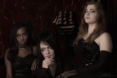 TRIO Annie, Teodora, Sean by suolasPhotography