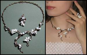 Wedding floral necklace and ring by JuliaKotreJewelry