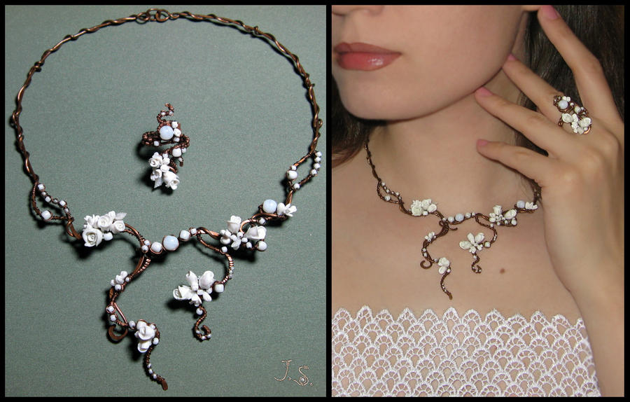 Wedding floral necklace and ring by JSjewelry