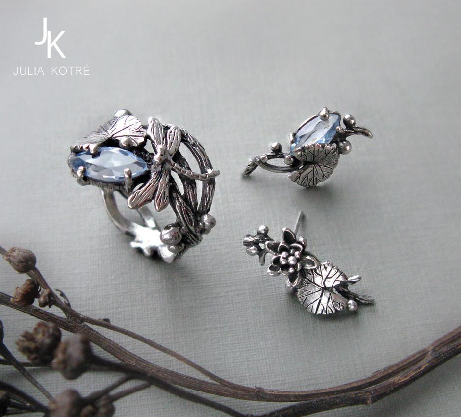 Dragonfly lily set silver cast jewelry by JuliaKotreJewelry on ...