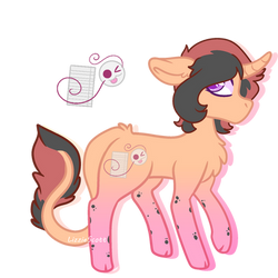 PlayfulWriter (Lizzy) REFRENCE SHEET by LizzieScott