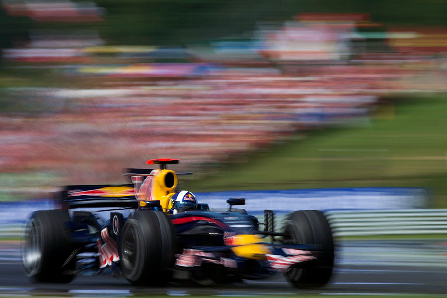Coulthard speeds in Hungary by F1Snapper