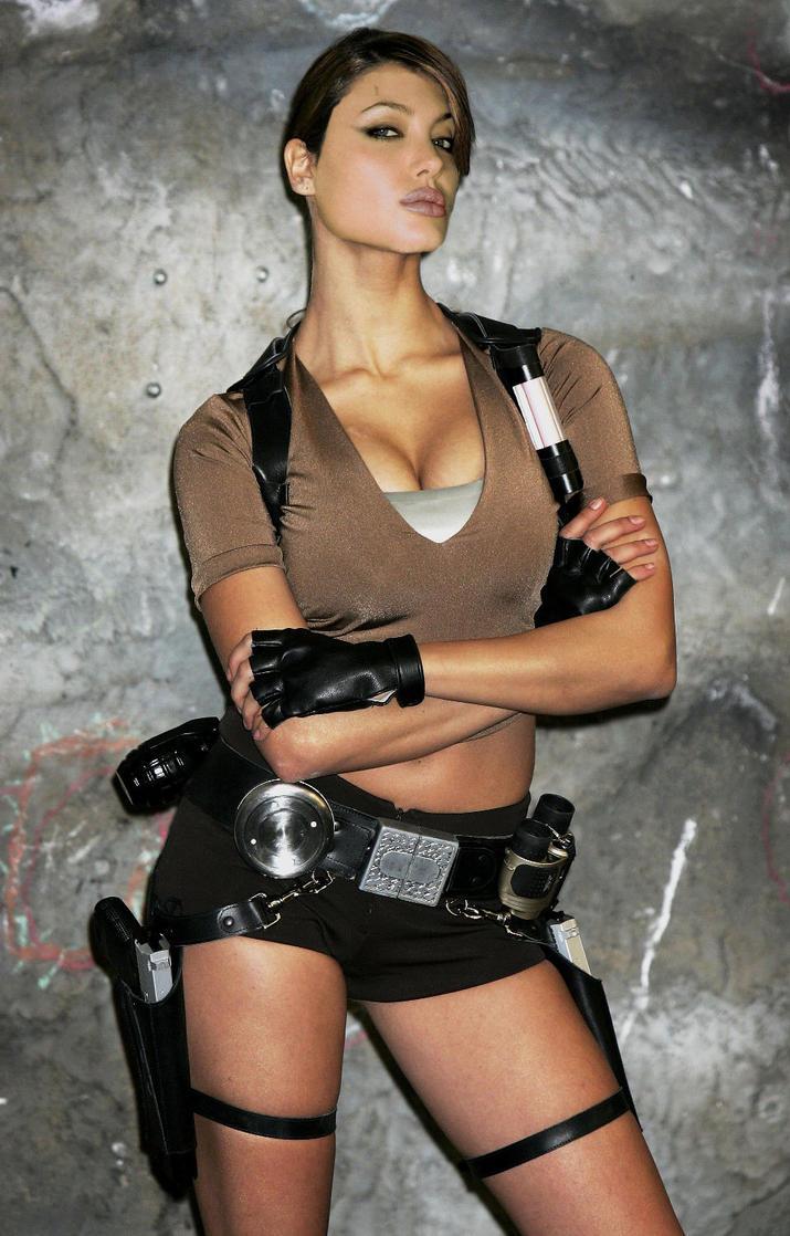 Angelina Jolie Lara Croft By Jmurdoch On Deviantart