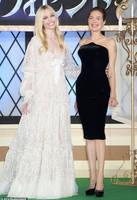 Elle Fanning - Angelina Jolie switch