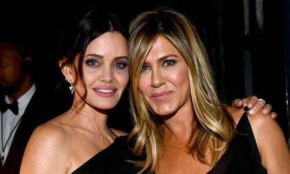 Angelina Jolie and Jennifer Aniston by jmurdoch