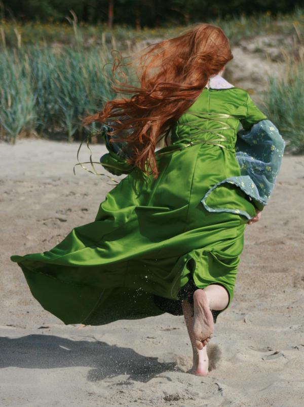 Runaway... by Iardacil-stock