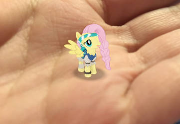 Pirate Fluttershy on my hand by AriaVampireRose7