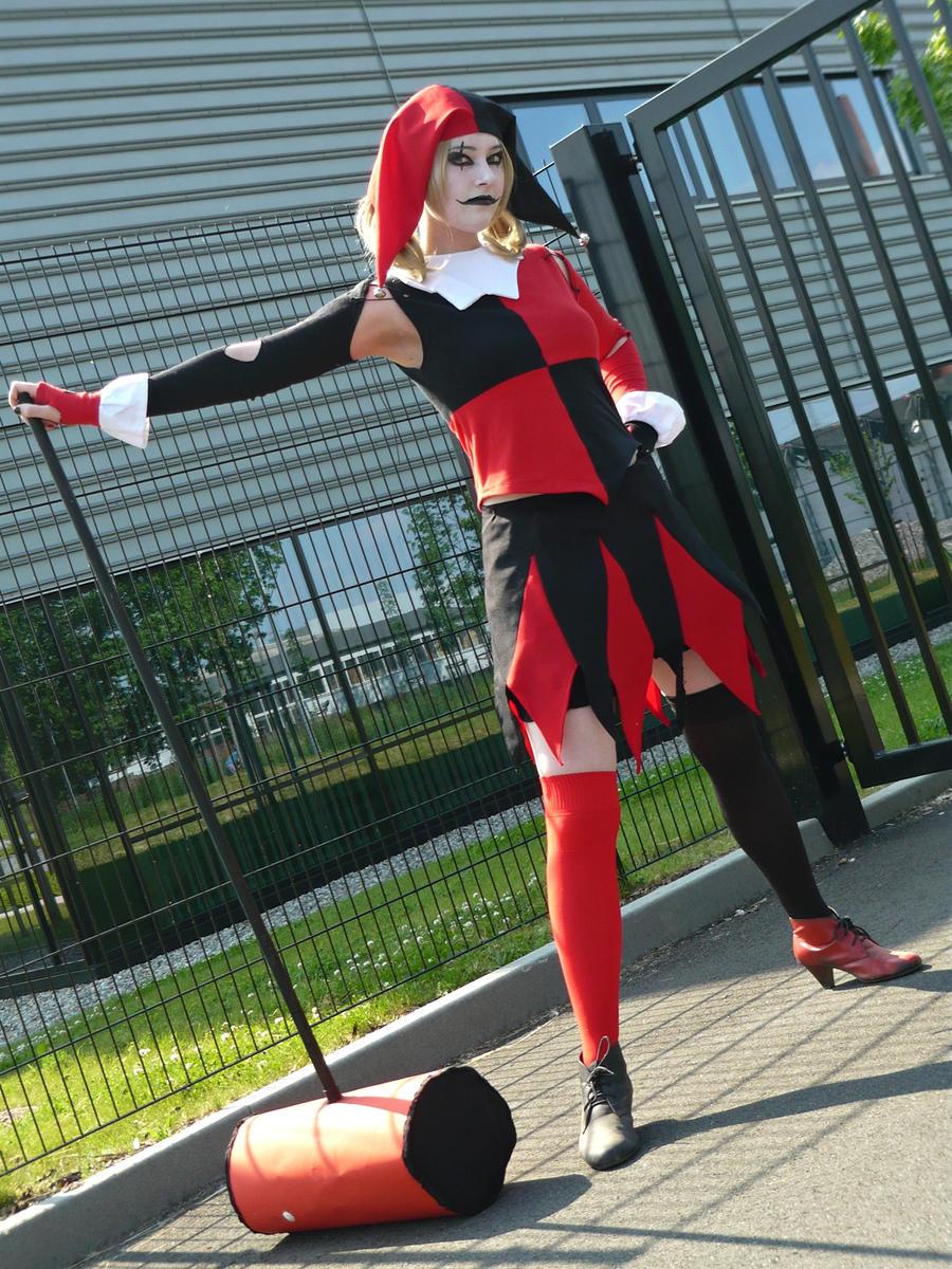 Harley Quinn Cosplay (own design) Full Shot by SweeneyLestrange