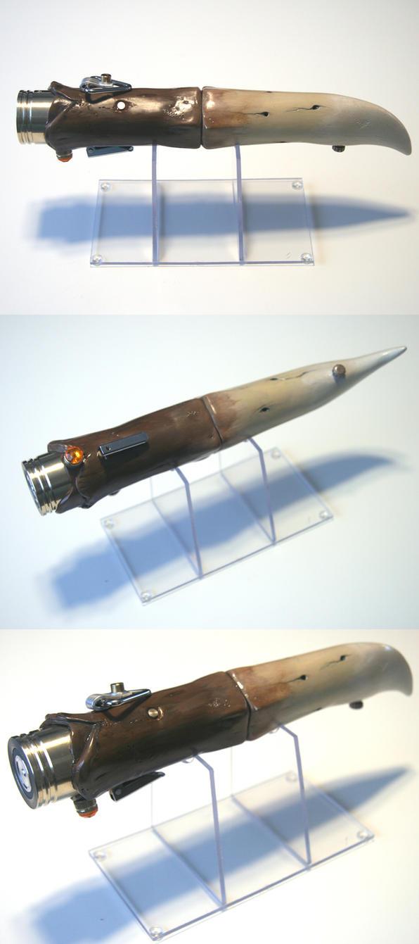 Tenel Ka Djo's lightsaber - Rancor Tooth 01 by Mace2006