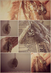 .:Gift:. Feather Necklace