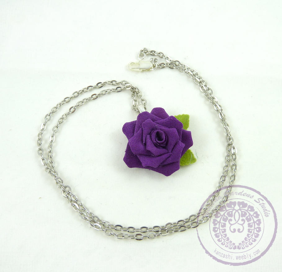 Rose Necklace by Arleen