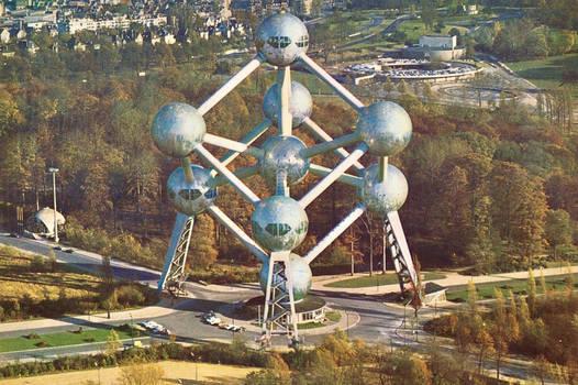Vintage European Postcards - Atomium, Bruxelles