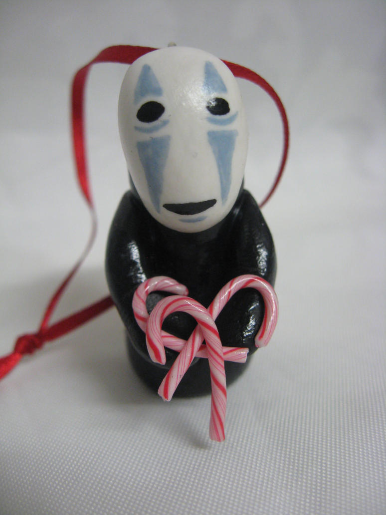 No face Christmas tree decoration by assassin-kitty