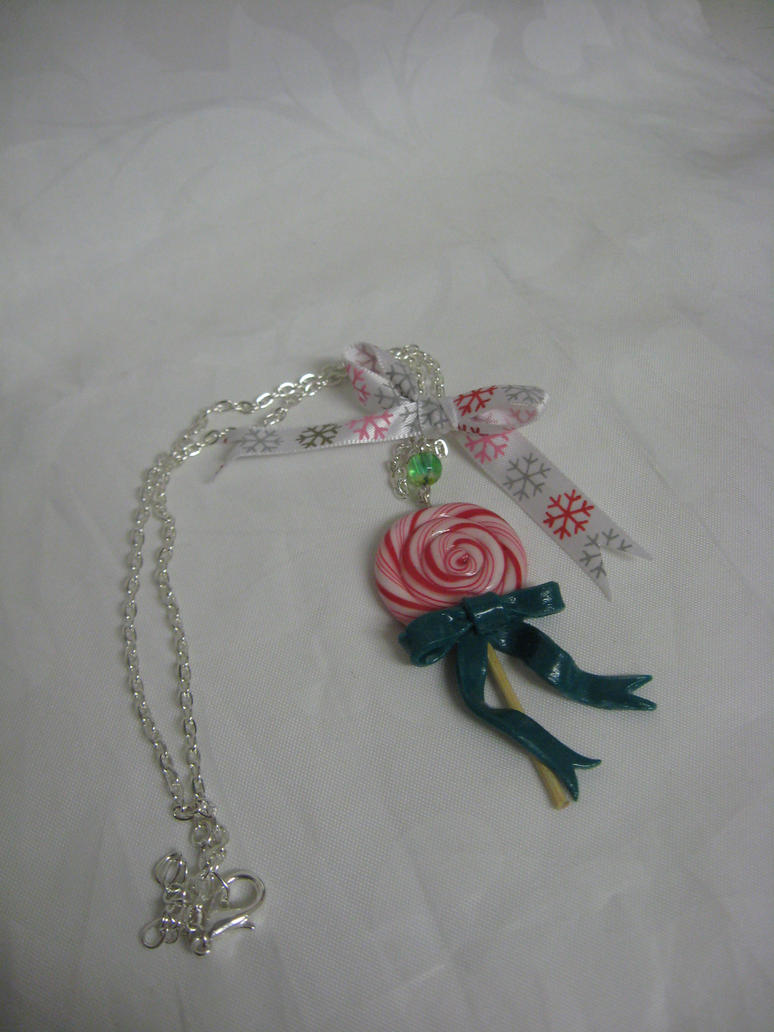 Christmas lollipop necklace by assassin-kitty