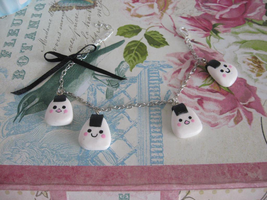 Kawaii Onigiri bracelet by assassin-kitty