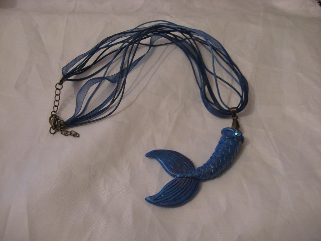 Mermaids tail necklace