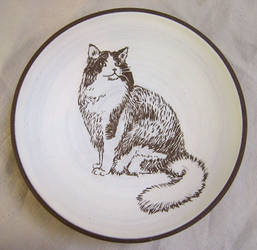 Stoneware Bowl w Cat Carving