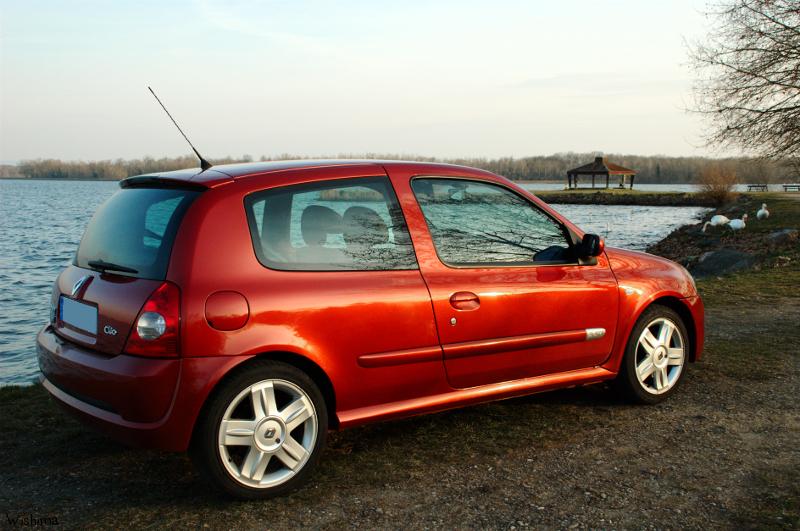 [Image: Renault_Clio_2_RS_2_by_WisHima.jpg]