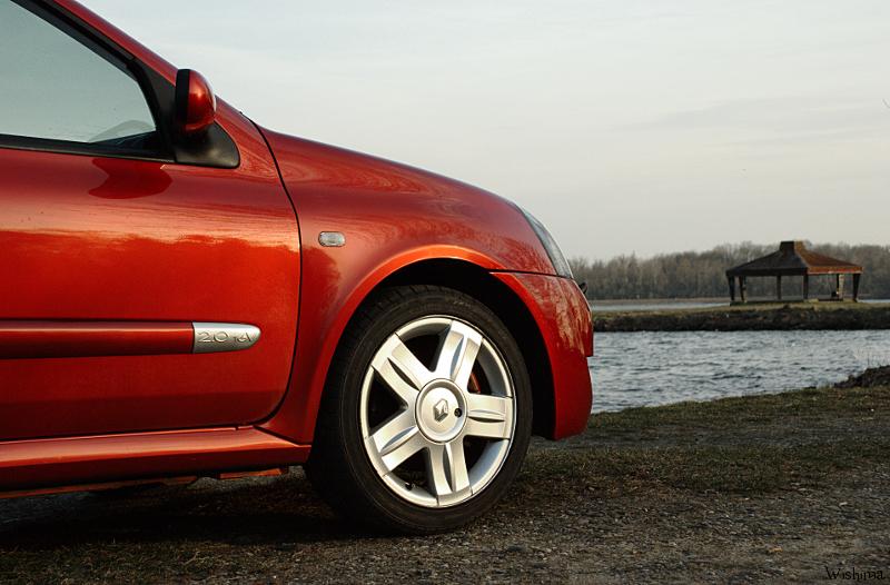 [Image: Renault_Clio_2_RS_3_by_WisHima.jpg]