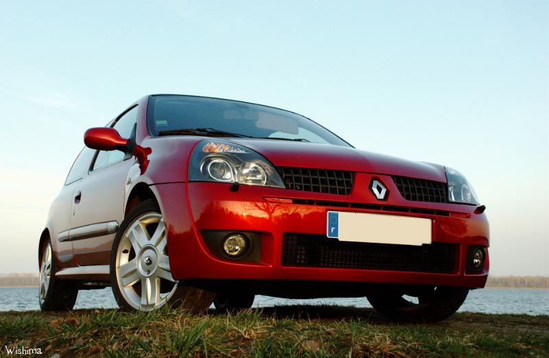 [Image: Renault_Clio_2_RS_4_by_WisHima.jpg]