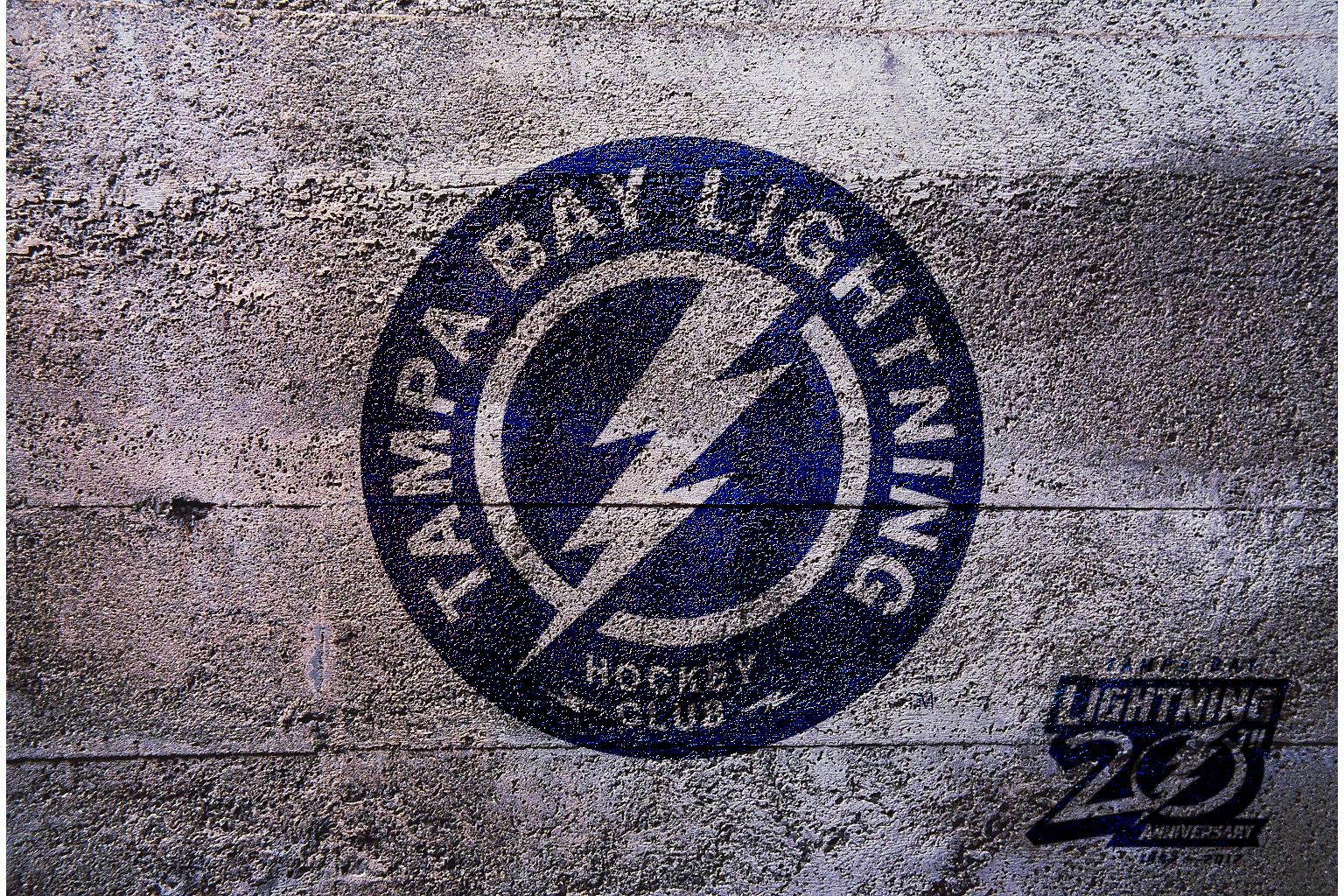 Nhl Tampa Bay Lightning Shoulder Logo 2012 By Realyze On Deviantart
