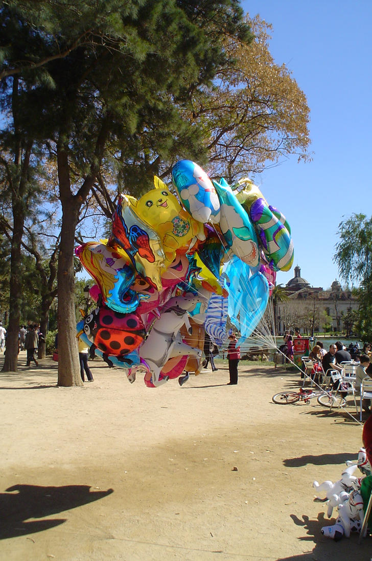 Balloons in Park Guell by angelofrock