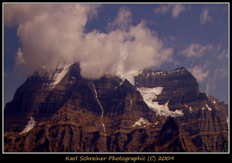 Mount Robson by KSPhotographic