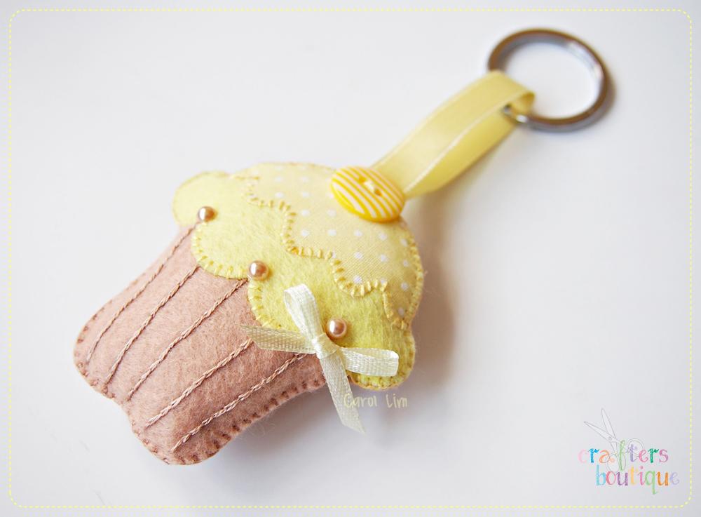 Yellow Cupcake keychain by bibiluv