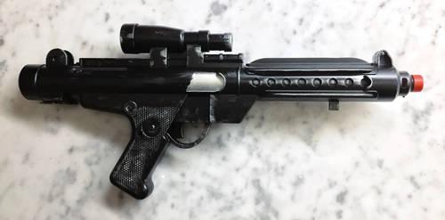 E-11 Blaster Rifle Repainted