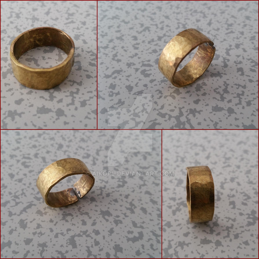 Brass ring with hammered engravings by AikoPL