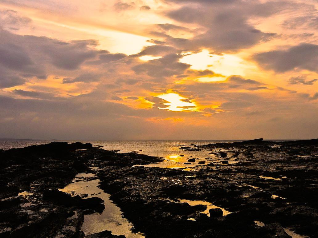 SunsetGremlin by digitalwiz