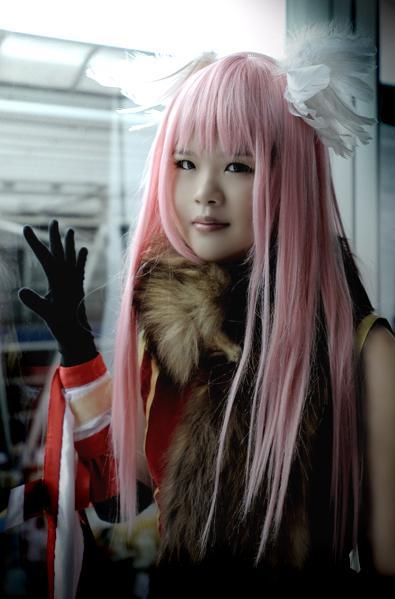 http://fc07.deviantart.com/fs29/f/2008/120/c/9/Ragnarok_Online_Professor_4_by_rinabyakuran.jpg