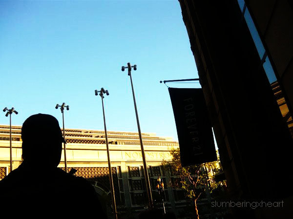 Silhouette by slumberingxheart