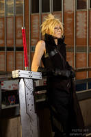 Cloud Strife FF7 AC cosplay III by Akitozz6