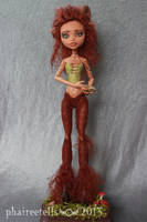 Monster High custom repaint Clawdeen Faun UNA by phairee004