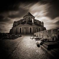 Pontigny l'Abbaye by Eukendei