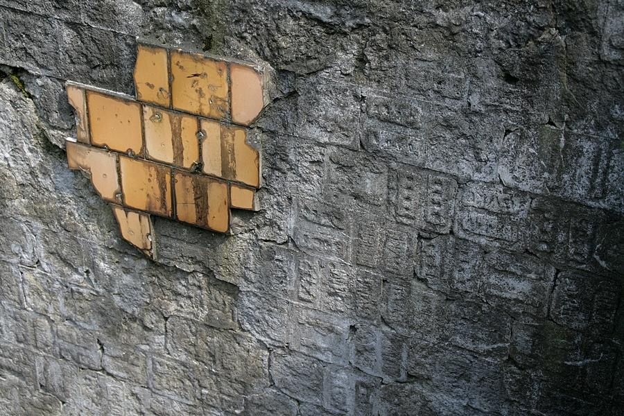 Mayan ruins by boreasz