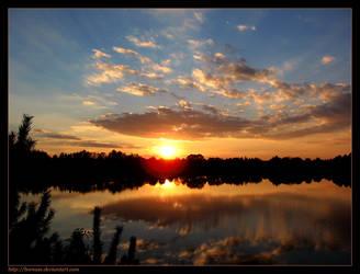 Sunset symmetry... by boreasz