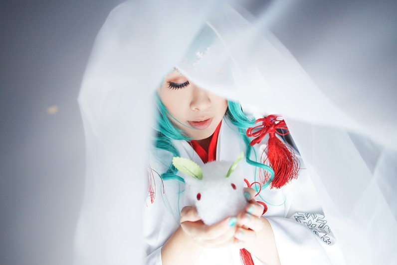 Snow Miku 2013_VOCALOID by AMPLE-COSPLAY