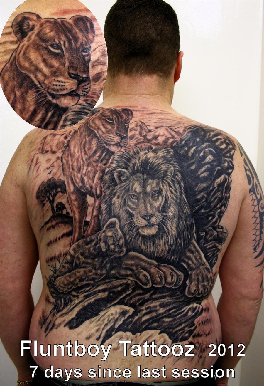 Тату фото львы на спине